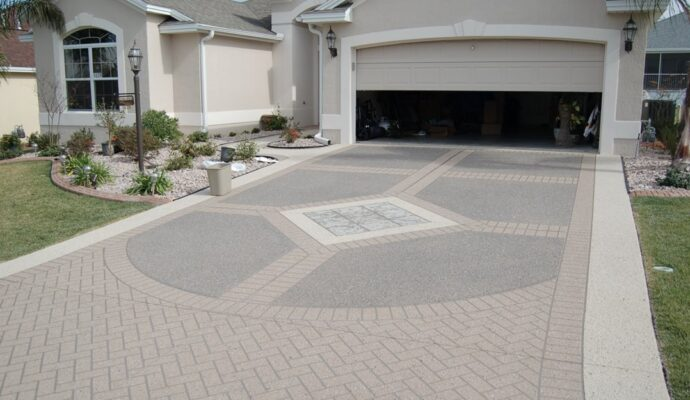Concrete Driveways-Treasure Coast Concrete Services Pros-We do concrete services, concrete underlayment & overpayment, polishing, decorative, stamped, stained, sealed, concrete grinding, Stucco installation, EIFS repair, new construction concrete pouring, epoxy floor finishing, concrete repair, commercial concrete contracting work, and more